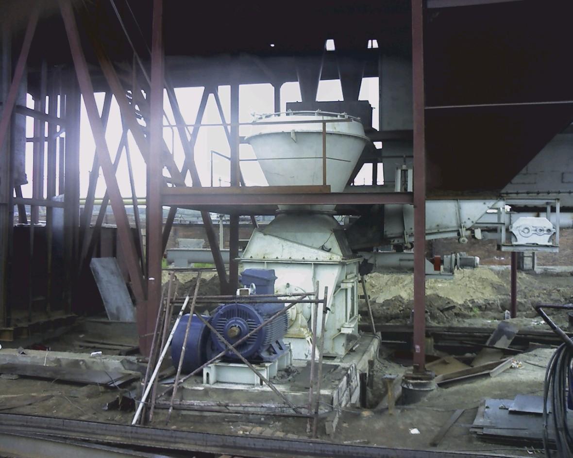 Монтаж мельницы и сепаратора